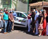 Prefeitura entrega novo veículo ao Caps