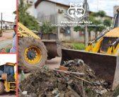 A Prefeitura Municipal de Moju, continua as ações de recuperação das ruas e retirada de entulhos.