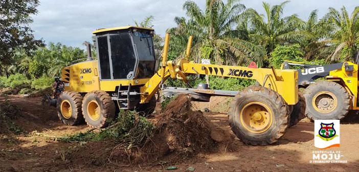 Prefeitura de Moju inicia as obras de recuperação do ramal da congregação.